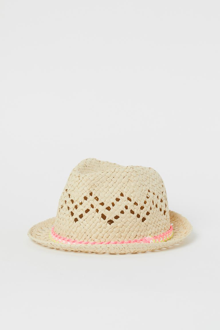 Hole-patterned Straw Hat
