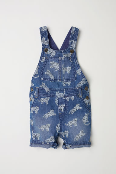 Denim dungaree shorts - Denim blue/Tigers - Kids | H&M CN