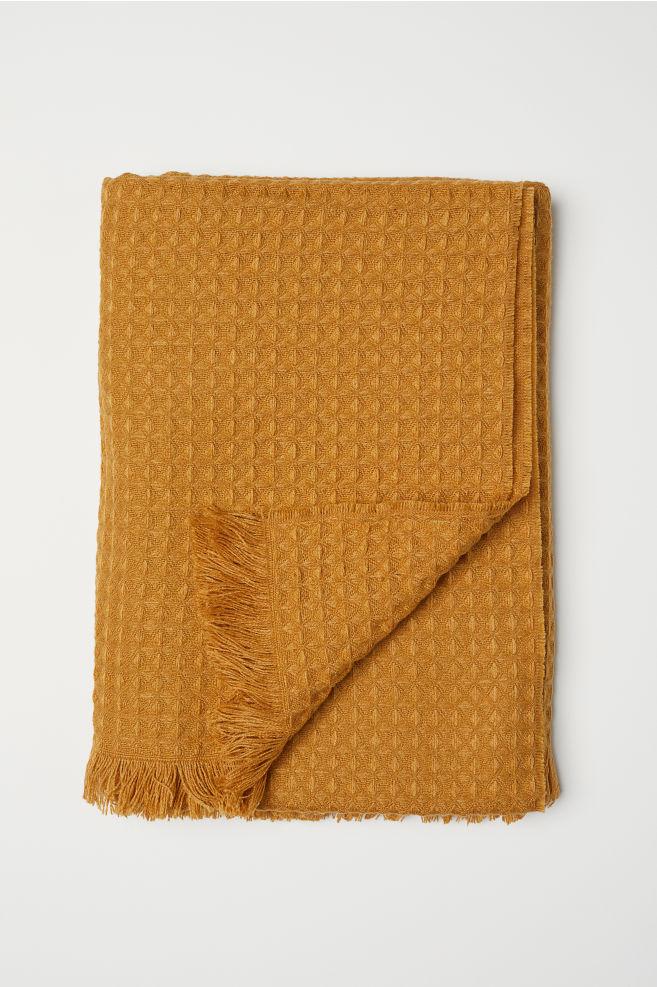 Waffled Throw - Dark yellow - Home All | H&M US 2