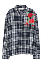 Shirt with embroidery - Dark blue/White checked - Ladies | H&M 2