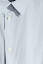 Cotton poplin shirt - Light blue - Men | H&M 4