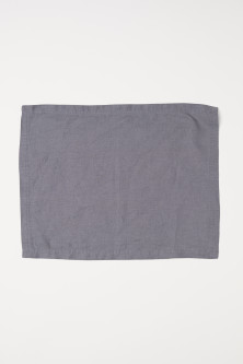 Washed linen table mat