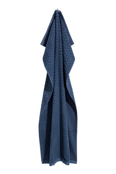 Jacquard-patterned bath towel - Dark blue - Home All | H&M IE