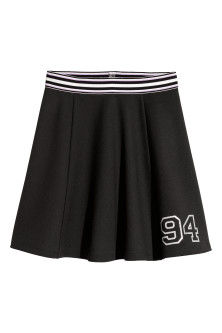 Bell-shaped skirt