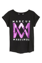 Printed jersey top - Black/Marcus & Martinus - Kids | H&M 1