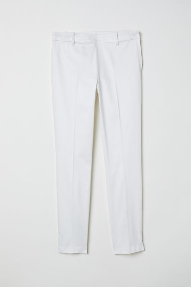 Cigarette trousers Model
