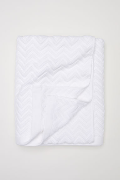 Jacquard-weave bath sheet - White - Home All | H&M GB