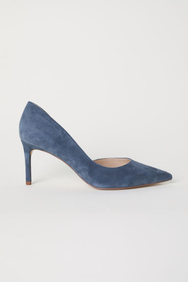 Suede court shoes Model