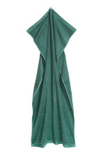 Check-weave bath towel - Dark green - Home All | H&M GB 3