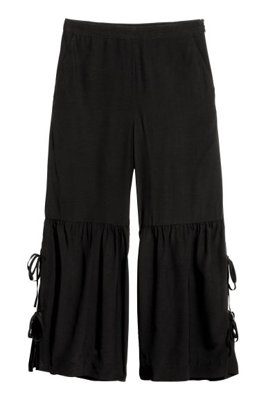 Culottes with lacing - Black -  | H&M IE