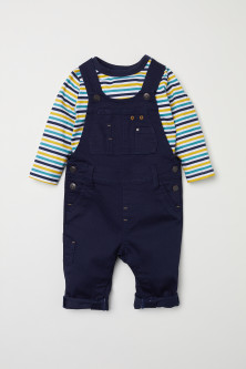 Top and dungarees