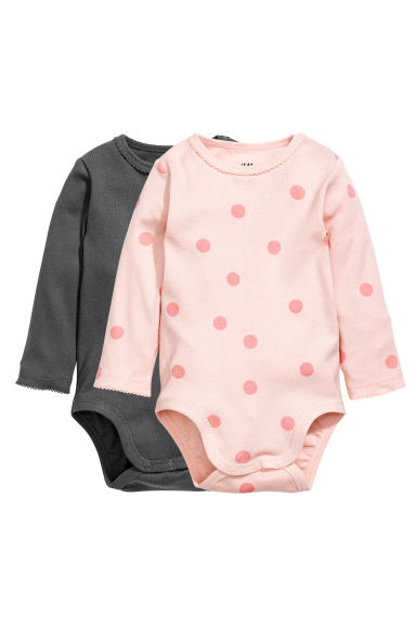 2-pack long-sleeved bodysuits Model