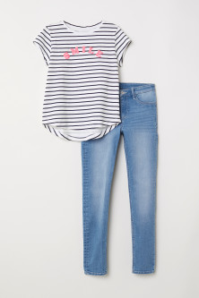 Top and Skinny Fit Jeans