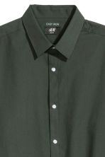 Camicia easy-iron Slim fit - Verde scuro - UOMO | H&M IT 3