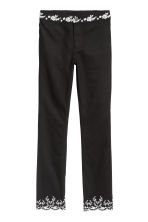 Embroidered trousers - Black - Ladies | H&M 2
