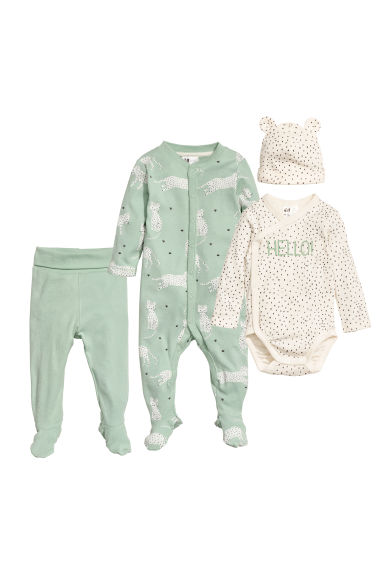 4-piece cotton set Model