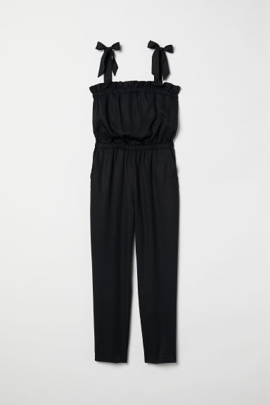 Jumpsuit with Flounce Model