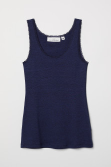 Vest top with lace trims