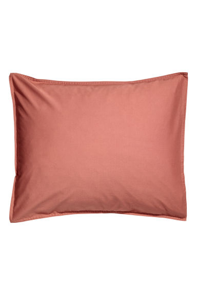 Washed cotton pillowcase - Rust red - Home All | H&M IE