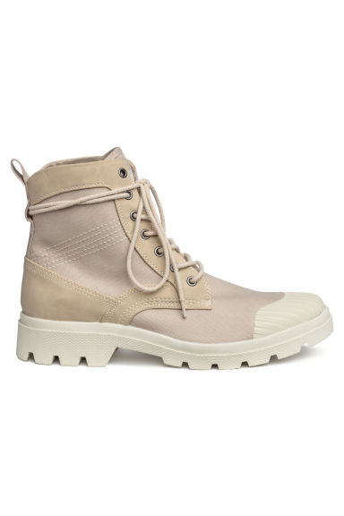 Chunky-soled boots - Light beige - Men | H&M GB