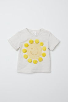 T-shirt with pompoms