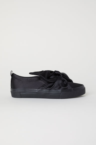 Slip-on sneakers met strik - Zwart - DAMES | H&M BE