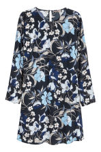 H&M+ Crêpe dress - Dark blue/Floral - Ladies | H&M CN 2