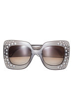 Sunglasses with sparkly stones - Charcoal grey/Sparkly stones - Ladies | H&M IE 1