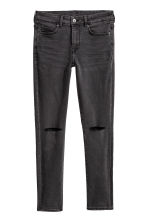Petite Fit Super Skinny Jeans - Denim grigio scuro/trashed - DONNA | H&M CH 1