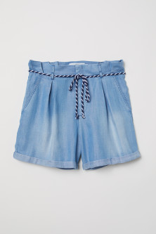 Shorts with a tie belt