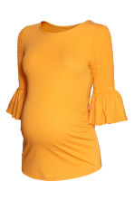 MAMA Top with flounced sleeves - Yellow - Ladies | H&M IE 2