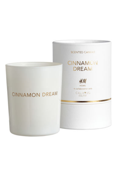 Scented candle in glass holder - White/Cinnamon Dream - Home All | H&M IE