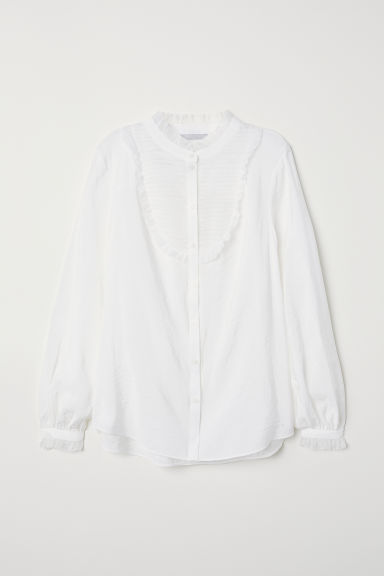 Blouse with pin-tucks Model