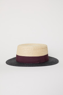 Block-coloured straw hat