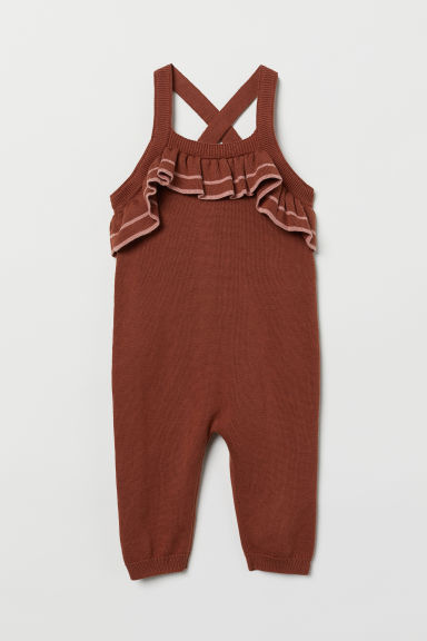 Frill-trimmed dungarees Model