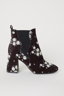 Ankle Boots with Side Panels