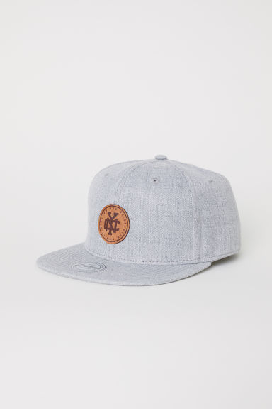 Cap with appliqué - Light grey marl/NYC - Men | H&M CN