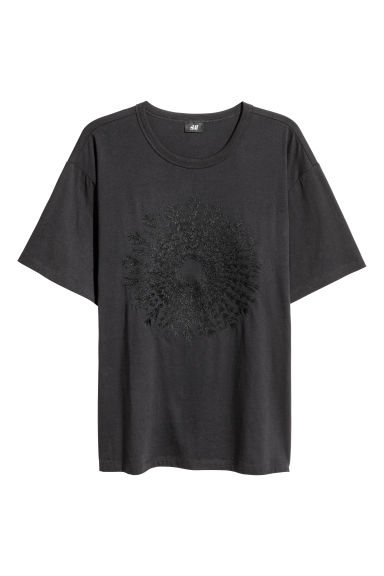 T-shirt with embroidery - Dark blue - Men | H&M