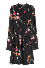 Dress with a flounce - Black/Floral - Ladies | H&M IE 2