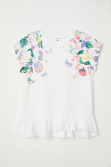 Short-sleeved flounced top