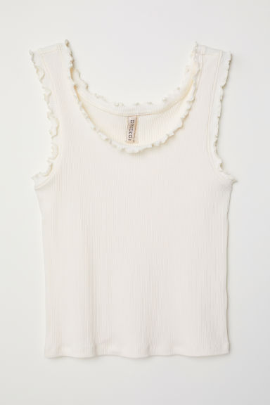 Vest top with frill trims Model