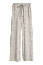 Wide pull-on trousers - Nat. white/Spotted -  | H&M CN 2