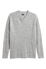 V-neck jumper - Grey marl - Men | H&M CN 2
