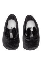 Velour slippers - Black - Kids | H&M CN 2