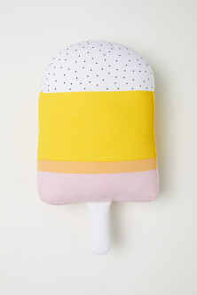 Ice-lolly-shaped cushion