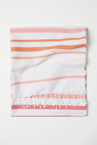 Beach towel with fringes - White/Striped - Home All | H&M CN