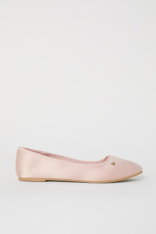 Ballerine in satin
