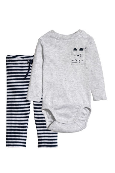 Bodysuit and trousers - Light grey/Striped - Kids | H&M