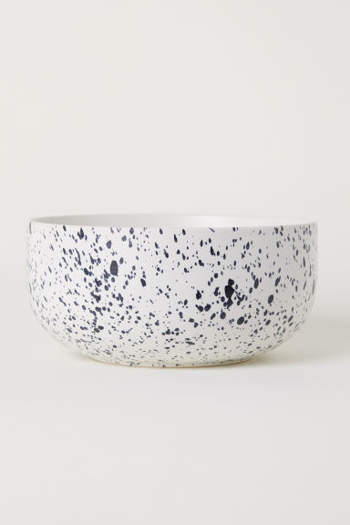 Patterned porcelain bowl - White/Black spotted - Home All | H&M CN
