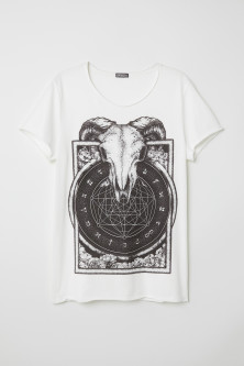 T-shirt with a print